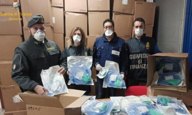 Coronavirus, bloccato carico di respiratori all'imbarco per la Grecia