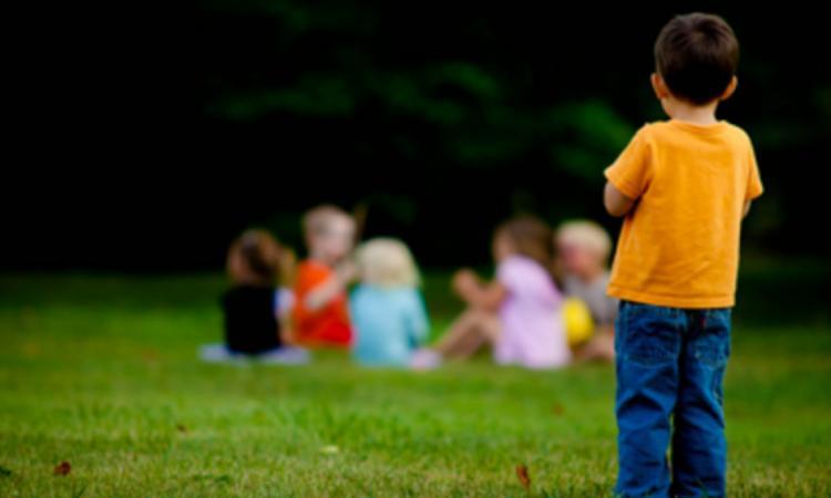 Civitanova accende 'la luce blu' della Giornata sull'Autismo: presentato il progetto Bookbox