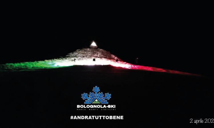 Bolognola, la vetta della Madonnina si illumina con il tricolore