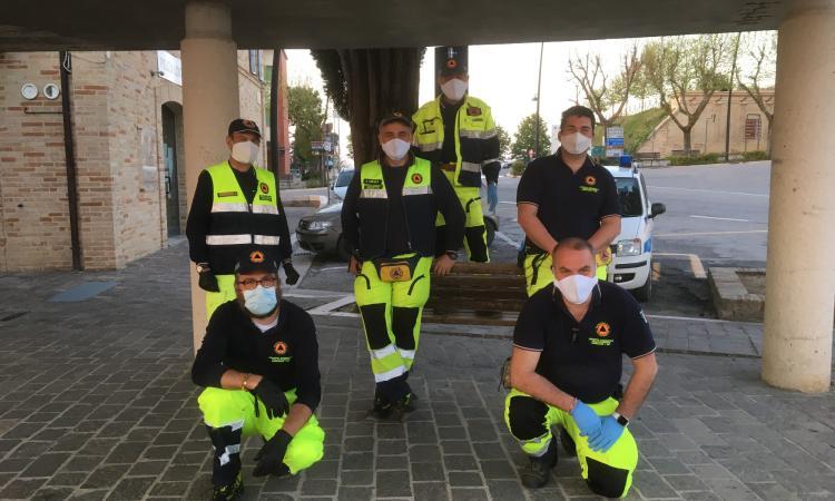 Mogliano, emergenza Covid-19: i cittadini plaudono l'impegno dei volontari della Protezione Civile