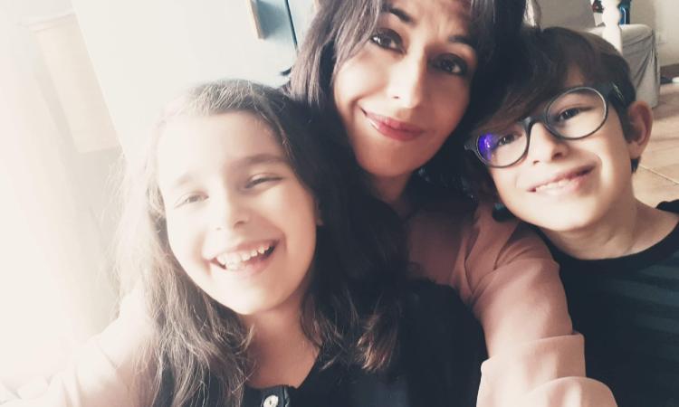 """""""Facciamo un applauso ai bambini per la loro fiducia"""": il post della blogger marchigiana conquista i social"""