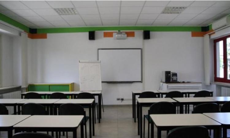 Scuole, nelle Marche richiesti quasi 20mila banchi monoposto per la gestione delle aule in sicurezza