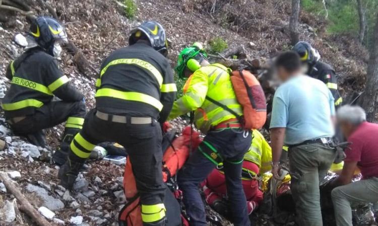 San Ginesio, uomo rimane ferito in località San Liberato: trasportato a Torrette in eliambulanza