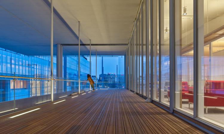 La luce iGuzzini nella nuova Maison des Avocats di Parigi firmata da Renzo Piano
