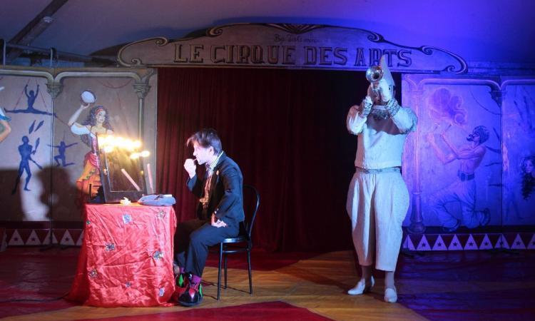 San Severino, il circo Takimiri arriva in piazza: prima serata dedicata all'arte circense