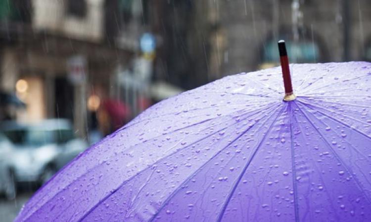 Marche, dopo il caldo arrivano forti temporali: allerta meteo della Protezione Civile