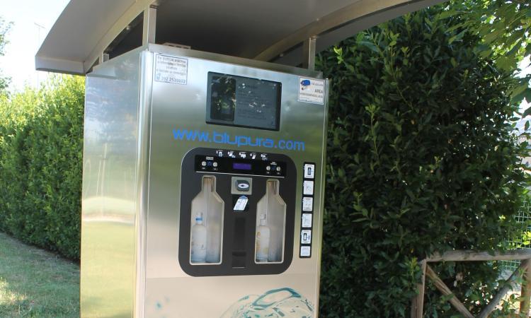 Macerata, inaugurata una nuova Casa dell'acqua a Villa Potenza