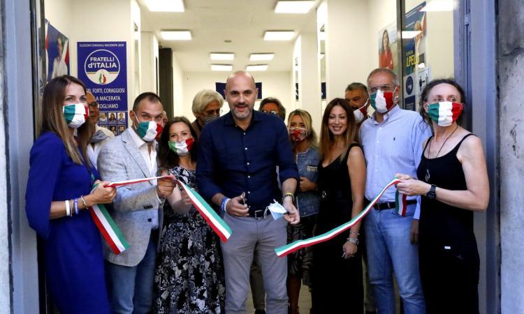 """Macerata, inaugurata la sede di """"Fratelli d'Italia"""": presenti Parcaroli e l'Onorevole Prisco (FOTO)"""