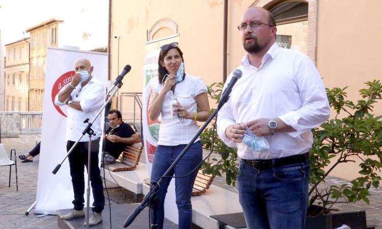 """Elly Schlein a Macerata: """"Battere le destre si può. Basta con l'odio e l'intolleranza"""""""