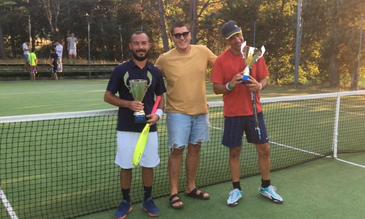Caldarola festeggia i vincitori del Torneo Tennis