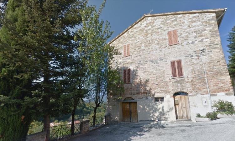 San Severino, torna agibile un edificio in zona Castello al Monte: due famiglie rientrano a casa