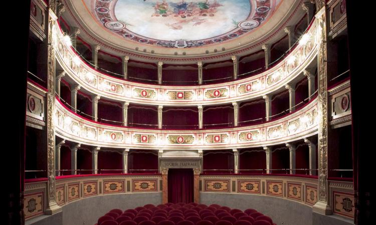 """Mogliano, al Teatro Apollo in scena: """"Fa Lento. Giacomo Puccini, il destino di un genio"""""""