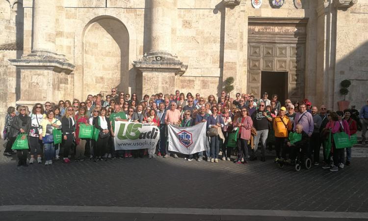 Ascoli Piceno, camminata culturale con guida turistica