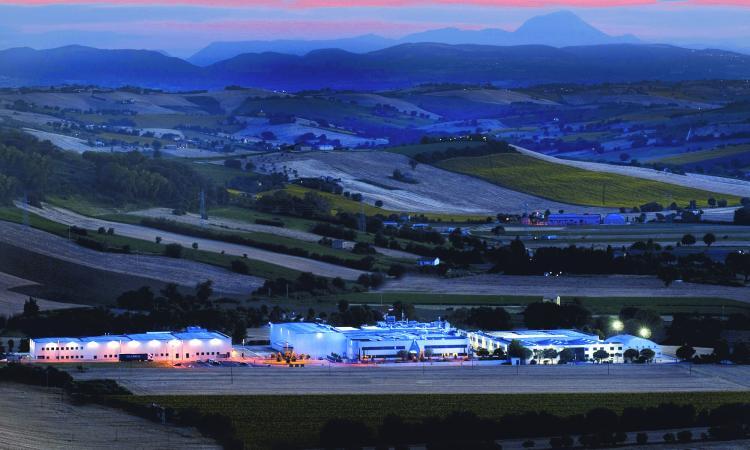 """Macerata, presentazione del libro """"Company Lands"""": la cultura industriale al servizio del territorio"""