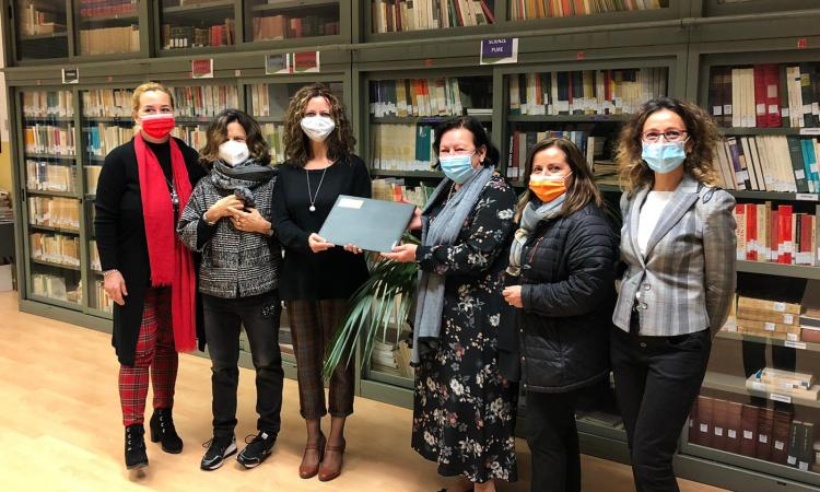 Macerata, il Soroptimist Club dona 18 pc portatili agli studenti