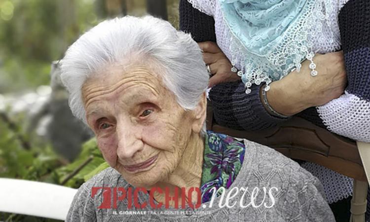 """Sisma, partono i lavori per la casa di nonna Peppina: """"Spero di poterci andare a vivere"""""""