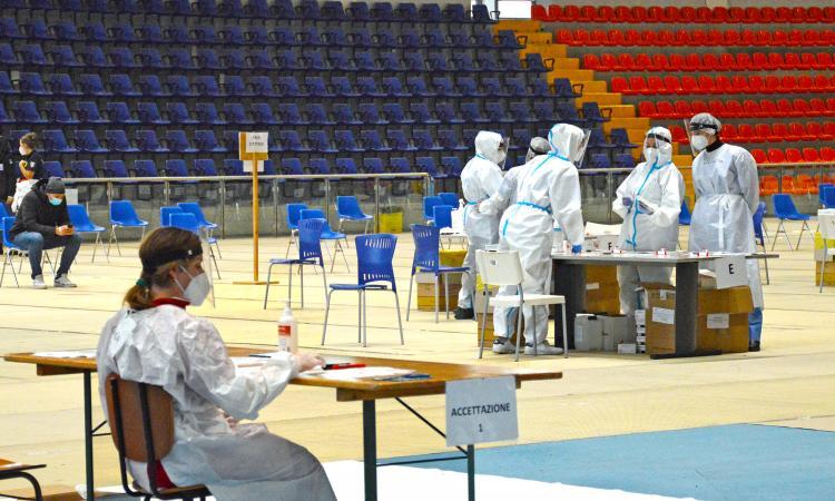 Coronavirus, 119 nuovi casi e 3 decessi oggi nelle Marche: 25 nella provincia di Macerata