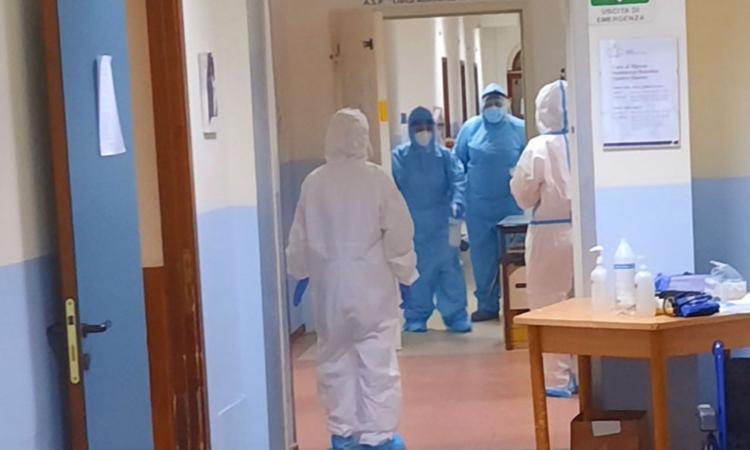 Coronavirus, 40 nuovi casi oggi nelle Marche: in calo i ricoverati e il rapporto positivi/testati