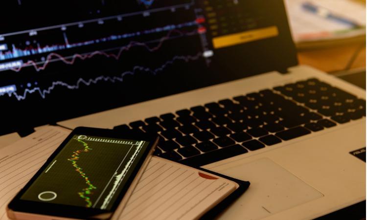 Analisi delle azioni dei migliori broker Azioni dei migliori broker Caso Italia