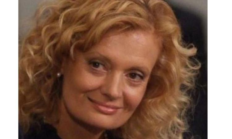 """San Severino, """"A Cri"""": un volume di poesie scritte dal marito ricorda l'insegnante Cristina Giacanella"""