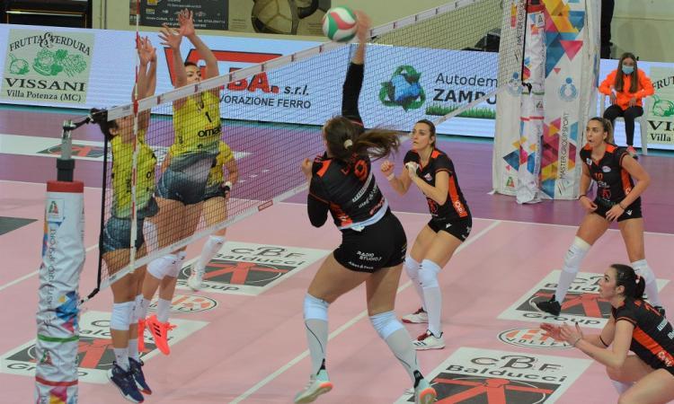 Volley, il tie-break premia ancora la CBF Balducci: domata anche  San Giovanni in Marignano