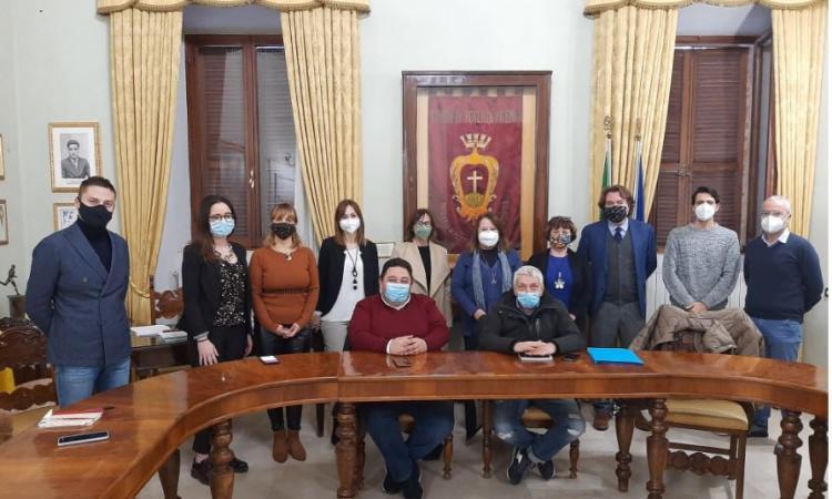 Potenza Picena, fondi per famiglie e imprese in difficoltà causa Covid: oltre 500 le richieste