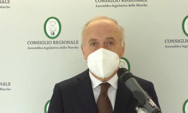 """Marche, Saltamartini: """"in 21 giorni vaccini per tutti gli over 80"""". Personale scolastico dal primo marzo"""
