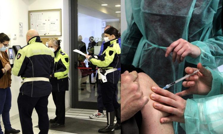 """Macerata, al via i vaccini per forze dell'ordine e persone fragili: """"200 dosi al giorno l'obiettivo"""" (FOTO)"""