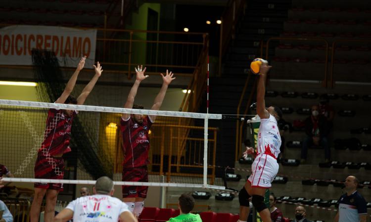 Urlo Med Store: Macerata si impone in 3 set contro Trento (VIDEO)