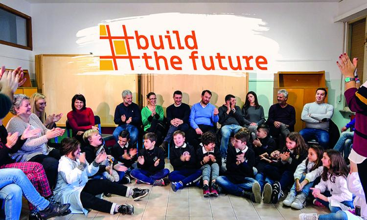 """""""Build the future"""" si trasforma in un libro: protagonisti 600 studenti e 300 genitori di Macerata"""