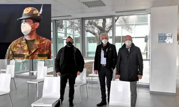 Il Commissario Figliuolo e il presidente Acquaroli all'apertura del centro vaccinale di Piediripa