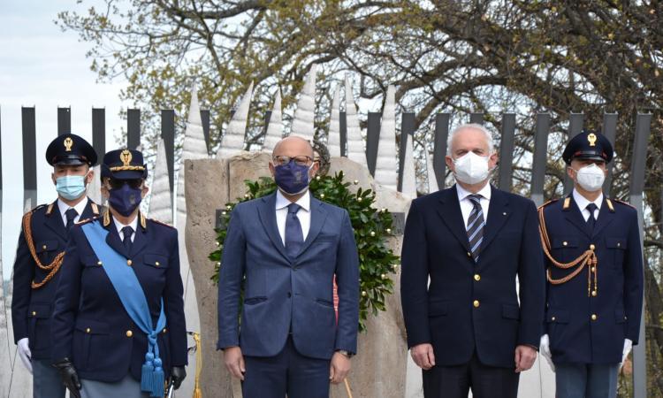 Macerata, la Polizia festeggia la sua fondazione: in un anno 56 arresti e 74 patenti ritirate