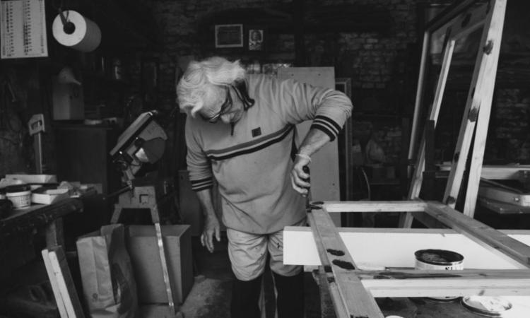 """Corridonia, Giorgio Cacchiarelli e i 'mestieri di una volta': """"Fiero di essere tra gli ultimi artigiani"""""""