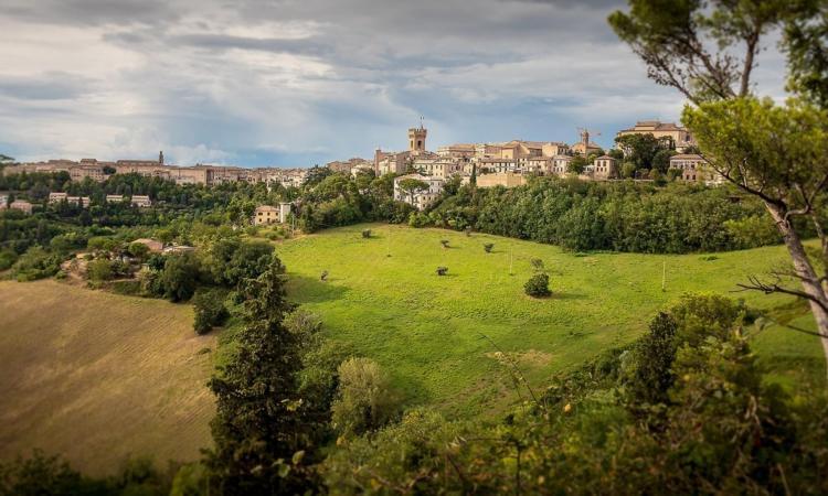 """Recanati entra nel progetto """"Omnia for Italy"""": è una delle mete consigliate per il 'pellegrino 2.0'"""