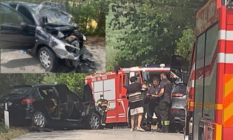 Civitanova, pauroso scontro tra due auto: una prende fuoco, sul posto 118 e vigili del fuoco (FOTO)