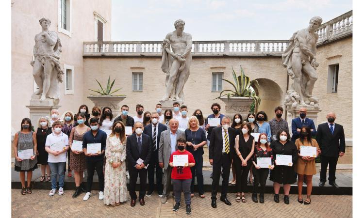 Trentuno borse di studio: Fondazione Fileni premia gli studenti più meritevoli