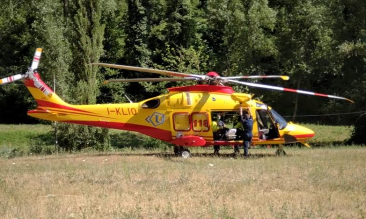 Esanatoglia, climber cade durante arrampicata: soccorso con l'elicottero (FOTO)
