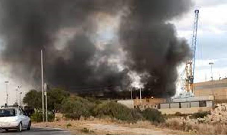 Incendio nell'hotspot di Pozzallo, ripresi i tunisini fuggiti