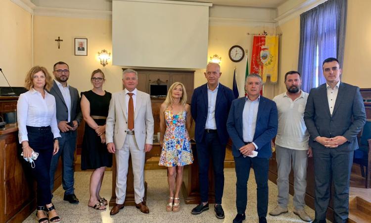 Civitanova-Sebenico, presentata la ventesima edizione della regata: al via 28 scafi