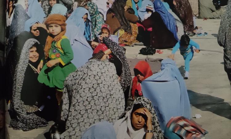 Il terrore delle donne afghane: la realtà a Kabul è già insostenibile