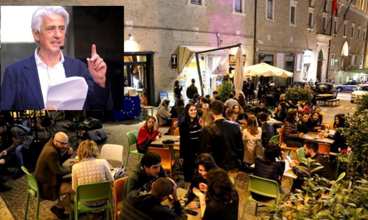 Movida del giovedì, Parcaroli accontenta i commercianti: sì alla vendita di alcol sino alle 2 di notte