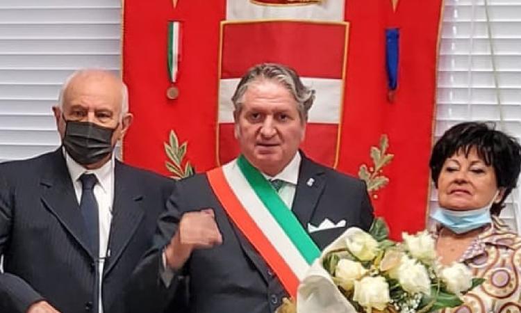 Tolentino, 50 anni di matrimonio per i coniugi Scattolini: cerimonia con il sindaco