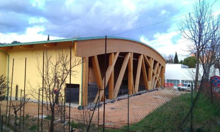 San Severino, nuova palestra: lavori in dirittura d'arrivo. A due imprese locali le ultime opere