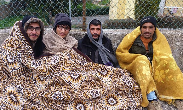 Macerata, i richiedenti asilo dormono al freddo. Il Sindaco: troveremo una soluzione