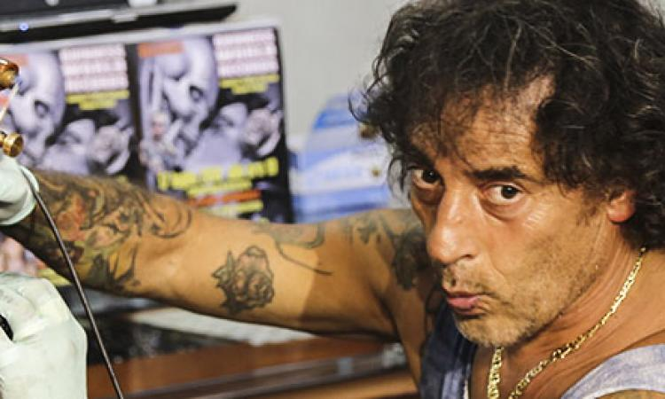 Recordman, veterano dei tatuaggi, parà e attore: il giorno dopo l'impresa Peppe Tattoo si racconta