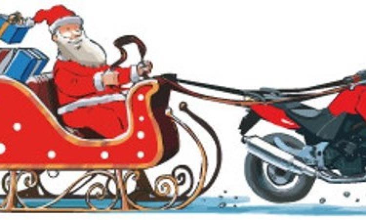Immagini Babbo Natale In Moto.A Muccia Babbo Natale Arriva In Moto Picchio News Il